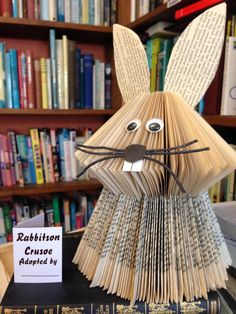 Book art Rabit / Bunny - Trend Old Book Ideas 2019 Recycled Book Crafts, Old Book Crafts, Book Page Crafts, Book Page Art, Folded Book Art, Paper Book, Paper Art, Paper Crafts, Animal Crafts For Kids