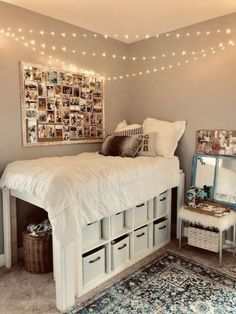 dream rooms for adults ; dream rooms for women ; dream rooms for couples ; dream rooms for adults bedrooms ; dream rooms for girls teenagers Teenage Room Decor, Dorm Room Ideas For Girls, Doorm Room Ideas, Cute Dorm Ideas, Teen Girl Rooms, Small Bedroom Ideas For Teens, Cork Board Ideas For Bedroom, Diy For Room, Decorate Your Room