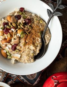 5-Minute Oatmeal Power Bowl | 21 Healthy And Delicious One-Bowl Meals