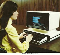 The Hazeltine Modular One terminal (photo from 1979 Cherry corp. School Computers, Old Computers, Computer Technology, Gaming Computer, Computer Terminal, High School Years, Computer Repair, Computer Hardware, Space Age