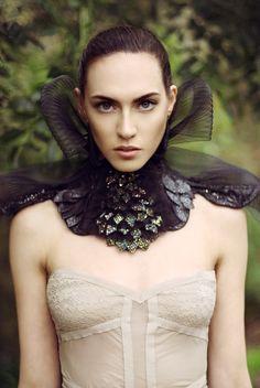 Draconia_neck_corset_main.jpg (570×852)