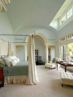 bedroom - when I grow up, I want this bed.