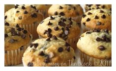 The Best Mom on the Block: Sour Cream Chocolate Chip Muffins