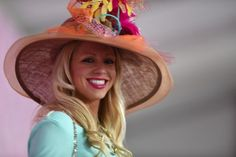 2014 Longines Kentucky Oaks Fashion Contest | 2015 Kentucky Derby & Oaks | May 1 and 2, 2015 | Tickets, Events, News Kentucky Derby Fashion, Kentucky Derby Hats, Churchill Downs, Derby Day, Southern Style, Rose Buds, Cowboy Hats, Events, News
