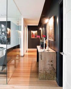 Contemporary interior design decor ideas / Entry with black wall and Glass wall House Design, Beautiful Interior Design, Home, Contemporary Interior Design, Interior Architecture Design, House Styles, Modern Interior Design, Black Walls, Stylish Interior Design