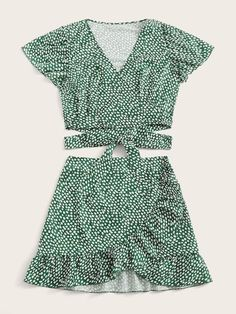 Shop Ditsy Floral Wrap Crop Top & Skirt at ROMWE, discover more fashion styles online. Really Cute Outfits, Cute Summer Outfits, Pretty Outfits, Spring Outfits, Cool Outfits, Girls Fashion Clothes, Teen Fashion Outfits, Girl Fashion, Floral Tops