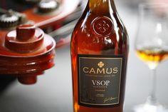Small musical interlude in good company... #conviviality #cognac #alcool #drink
