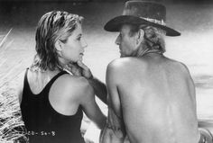 "Paul Hogan and Linda Kozlowski in ""Crocodile Dundee"" (1986)"