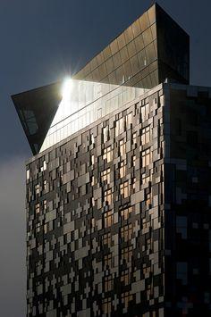 UK - Birmingham - The Cube glinting
