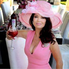 Why Lisa Vanderpump Is Leaving 'Real Housewives of Beverly Hills' - Lisa Vanderpump real housewives of Beverly Hills rhobh - Lisa Vanderpump, Vanderpump Rules, It's All Happening, Housewives Of Beverly Hills, Real Housewives, Girl Crushes, Her Style, Dame, Celebrity Style