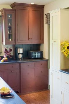 I would use black beadboard backsplash since black beadboard will be on the back of the peninsula