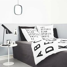 Bedroom / Alphabet bedding