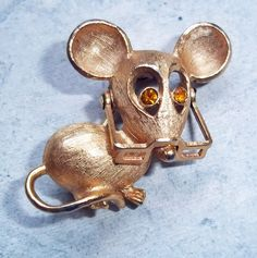 Vintage Avon Mouse Brooch with Moveable Glasses
