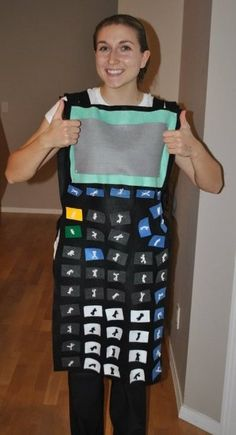 Perhaps the best costume for a math teacher, this calculator costume makes Halloween a great day to introduce sine, cosine and tangent. Halloween Costumes For Work, Halloween Science, Holidays Halloween, Halloween Diy, Preschool Halloween, Halloween Makeup, Group Halloween, Halloween Halloween, Vintage Halloween