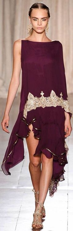 marchesa 2013 spring; layered, gold detailing  #mode #fashion #luxury For more inspirations visit us at www.luxxu.net