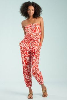 We love prints. We love jumpsuits. It's only natural to adore this printed jumpsuit!