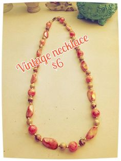 Peach, tan & gold beaded necklace circa 1980