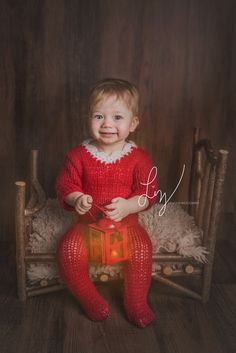 Elf on the shelf, toddler in Elf outfit, beautiful themed photography - Christmas mini sessions taking bookings for October half term 2016 now, Suffolk children's photographer, Essex child photographer. Newborn specialist.