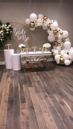 Rustic bridal shower - New Site Decoration Birthday, Bridal Shower Decorations, Balloon Decorations, Birthday Party Decorations, Wedding Decorations, White Party Decorations, Bridal Shower Party, Bridal Shower Rustic, Bridal Shower Balloons