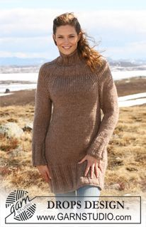 """DROPS 117-21 - Knitted DROPS tunic with raglan sleeves and rib in """"Eskimo"""". Size S-XXXL. - Free pattern by DROPS Design"""