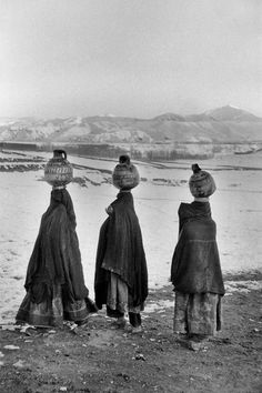 At the Bamiyan valley, Afghanistan, 1955 by Marc Riboud Marc Riboud, Social Photography, History Of Photography, World Photography, White Photography, Henri Cartier Bresson, Pakistan, Photoshop, French Photographers