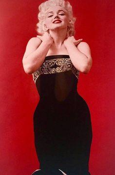 Milton Greene, Marilyn Monroe Curves, Fotos Marilyn Monroe, Gentlemen Prefer Blondes, Actrices Hollywood, Sexy, Norma Jeane, Richard Avedon, American Actress