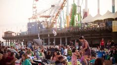 Free summer return to the Santa Monica Pier Thursday evenings from July through the Thursday after Labor Day. Los Angeles Events, All My Friends Are Dead, Beach Activities, Free Summer, Free Things To Do, Beach Fun, Santa Monica, Summer Concerts, Entertaining