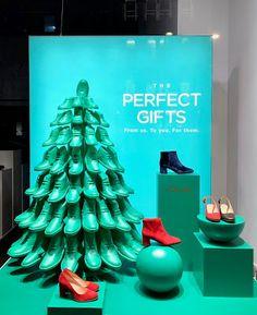 RetailStoreWindows: Clarks, London Visual Merchandising, 10 Corso Como, Shops, Fortnum And Mason, Damien Hirst, Ben Sherman, Clarks, The Incredibles, London