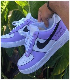 #puma #shoes #women #outfit #urban #outfitters #pumashoeswomenoutfiturbanoutfitters Dr Shoes, Cute Nike Shoes, Nike Air Shoes, Hype Shoes, Shoes Sneakers, Sneakers Style, Shoes Jordans, Air Force Sneakers, Women Nike Shoes