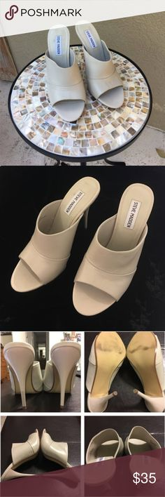 🆕Steve Madden heels in bone color Steve Madden heels in bone color got them and they are just not quite the right look with the outfit -excellent condition!!!!   ✅I ship same or next day ✅Bundle for discount Steve Madden Shoes Heels