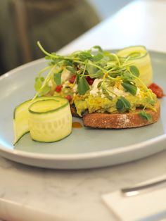 New year = a new cafe destination you have to go to. Opening on Tuesday the of December this brunch spot is a wonderful addition to the. London Cafe, London Food, News Cafe, Brunch Spots, Cafe Shop, Avocado Toast, Breakfast, Sheep, Restaurants