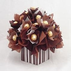 Diy wall decoration In this video, i will show you,how to make beautiful wall. Candy Bouquet Diy, Bouquet Box, Diy Bouquet, Bouquets, Hanging Flower Wall, Paper Flower Wall, Paper Flowers, Ferrero Rocher Bouquet, Chocolate Flowers Bouquet