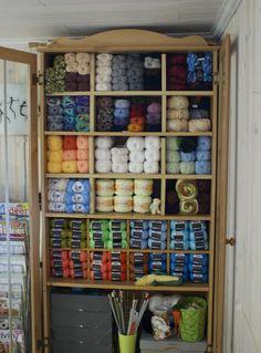 Lovely for storing yarn!