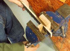 Making the fretboard - using a bench-vice to squeeze the frets into the fretboard Ukulele Instrument, Tenor Ukulele, Cigar Box Guitar Plans, Wood Repair, Classical Guitar, Guitar Lessons, Playing Guitar, Cigars, Cool Stuff