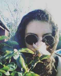 Dear Summer it's just march but I already miss you so much. Can't wait to see you again. Hurry.❤️ #summer #retro #sunglasses #roses #oldphoto
