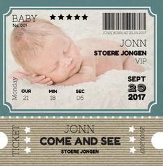 Ticket geboortekaartje met eigen foto. Gebruik deze kaart en maak hiervan zelf je eigen persoonlijke geboortekaartje. Wil je de kaart door ons laten opmaken? Geen probleem, wij helpen je graag!