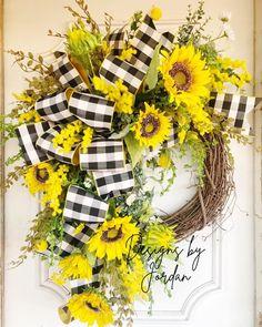 Patriotic Wreath, 4th Of July Wreath, Summer Deco, Spring Front Door Wreaths, Sunflower Wreaths, Valentine Wreath, Deco Mesh Wreaths, Summer Wreath, Grapevine Wreath