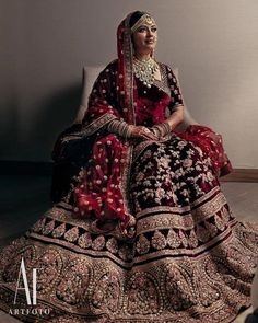 Looking for Bridal Lehenga for your wedding ? Dulhaniyaa curated the list of Best Bridal Wear Store with variety of Bridal Lehenga with their prices Indian Bridal Outfits, Indian Bridal Fashion, Pakistani Bridal Dresses, Indian Bridal Wear, Indian Designer Outfits, Indian Dresses, Latest Bridal Lehenga, Indian Clothes, Indian Wear