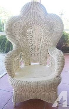Herman Miller Chair Size C Wicker Porch Furniture, White Wicker Chair, Outdoor Wicker Chairs, Wicker Table, Bamboo Furniture, Furniture Decor, Wicker Couch, Wicker Bedroom, Adirondack Chairs