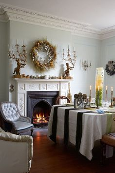 Annabel Lewis V V Rouleaux Cumbria Home | Christmas Decoration Ideas (houseandgarden.co.uk)