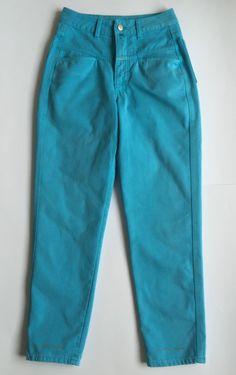 DESCRIZIONE ARTICOLO:   Marca: CLOSED Modello: PEDAL PUSHER, Jeans donna…