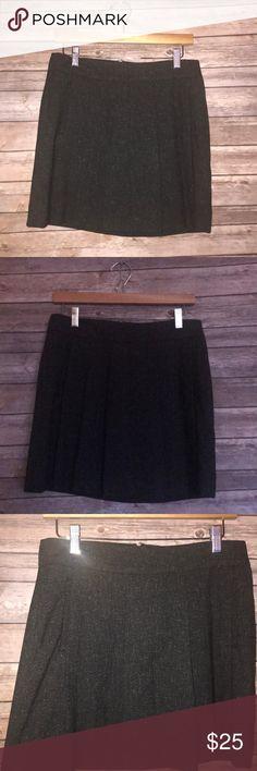 GAP pleated gray school girl skirt NWOT GAP pleated gray school girl skirt NWOT GAP Skirts Mini