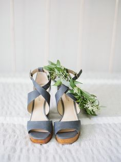 Photography: Julie Paisley - juliepaisleyphotography.com   Read More on SMP: http://www.stylemepretty.com/2016/01/22/rustic-romantic-cape-may-wedding/