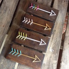 String Art, Stringart, String and Nail art, Nail art, Arrow string art, Arrows, Bohemiam Arrows, Boho, Shabby Chic, Nursery Decor, Wood sign by GrizzlyandCo on Etsy https://www.etsy.com/listing/249183189/string-art-stringart-string-and-nail-art