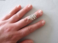 Silver Celtic Knuckle Ring - celtic ring , silver ring , celtic jewelry , alternative wedding ring , celtic ring , unisex knuckle ring