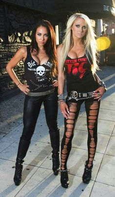 Carla & Heidi, Butcher Babies. Those ripped leggings tho.