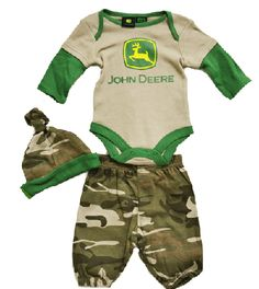 zachs coming home outfit...