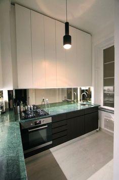 platssbyggt kök grön marmor wenge spegel moderskeppet stockholm