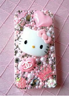 DIY hello kitty phonecasee