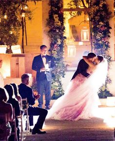 Justin Timberlake e Jessica Biel and her pink wedding gown...